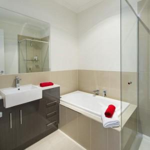 Scott Bathroom 2